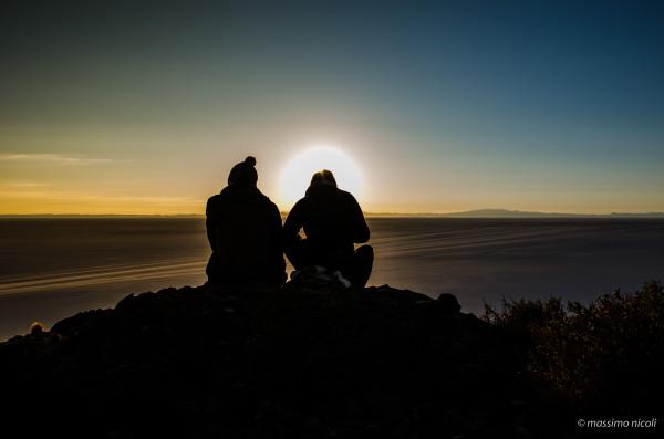 Alba nell' isola dei cactus salar uyuni - sunrise in 'island of cactus salar uyuni