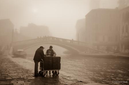 Nebbia nella vecchia Venezia - Fog in the old Venice